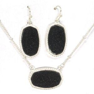 DRUZY Lrg Hexagon Necklace and Earrings Set Black